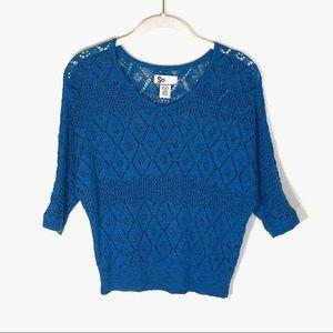 SO sweater blue open weave 3/4 sleeve v neck